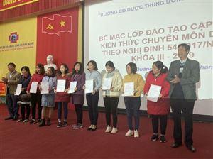 Đào tạo cập nhật kiến thức chuyên môn về Dược tại Quảng Ninh