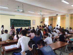 Náo nức chào đón Tân Sinh viên Cao đẳng Chính quy khóa 12 nhập trường...
