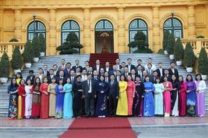 TS. Nguyễn Thị Hường vinh dự được Phó Chủ tịch nước tuyên dương nhà giáo giáo dục nghề nghiệp tiêu biểu năm 2019